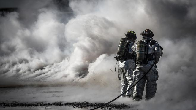 В Кронштадте дым на подлодкеприняли за пожар