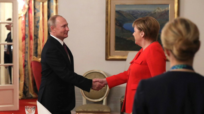 Владимир Путин и Ангела Меркель встретились за рабочим завтраком