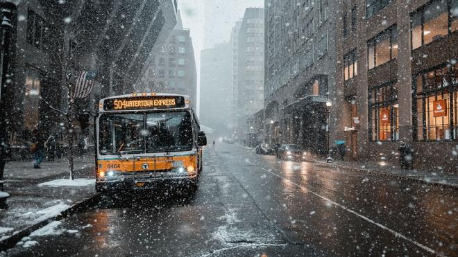 С сентября в Петербурге вновь начали ходить школьные автобусы