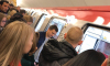 """Со станции метро """"Граждански проспект"""" красный поезд не может уехать уже 10 минут"""