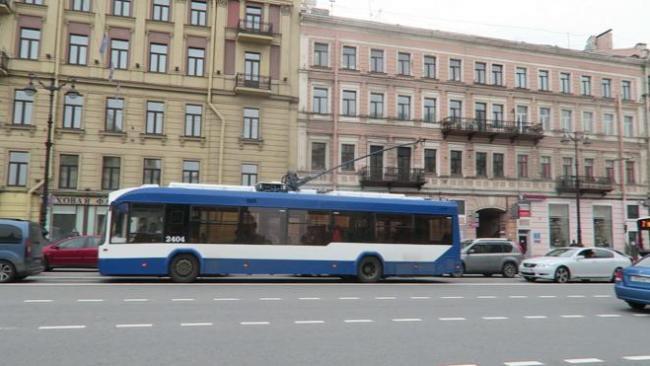 Петербургские троллейбусы сменят маршруты во время репетиций парада Победы