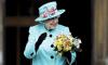Елизавета II водит машину без водительских прав