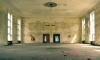 В Тихвине сантехник погиб при демонтаже стены