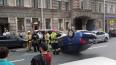 В центре Петербурга перевернулся автомобиль
