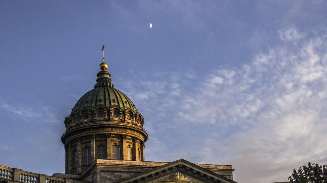 Порывы ветра во вторник в Петербурге достигнут 18 м/c