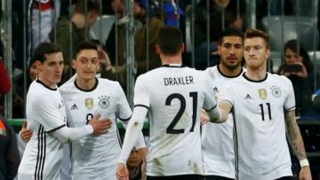 Немцы разгромили сборную Словакии