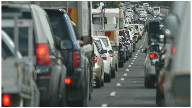 Из-за ДТП пробка на Московском проспекте растянулась на 4 км
