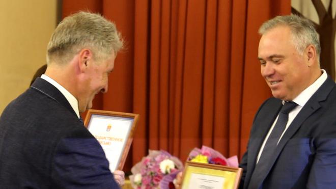 Лучшие школы и детские сады Выборгского района получили по 1 миллиону рублей