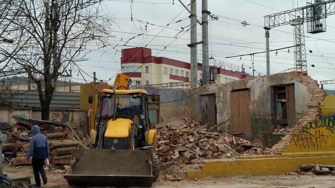 КГИОП добивается восстановления незаконно снесенного исторического здания на Днепропетровской