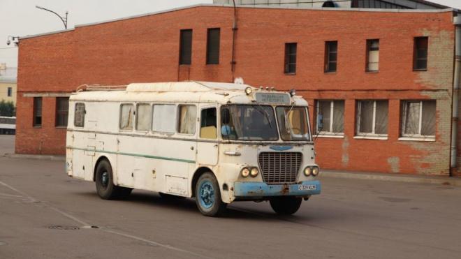 """В коллекции """"Пассажиравтотранс"""" появился раритетный зубной кабинет на колесах"""