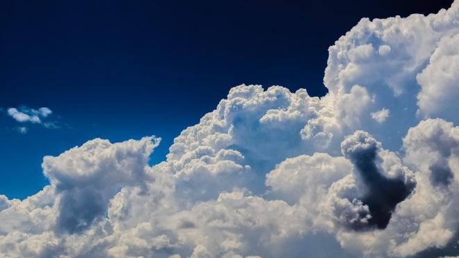 Погода 2 октября порадует петербуржцев теплом и солнцем