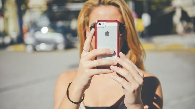 Назван способ защитить смартфон от самовозгорания в жару