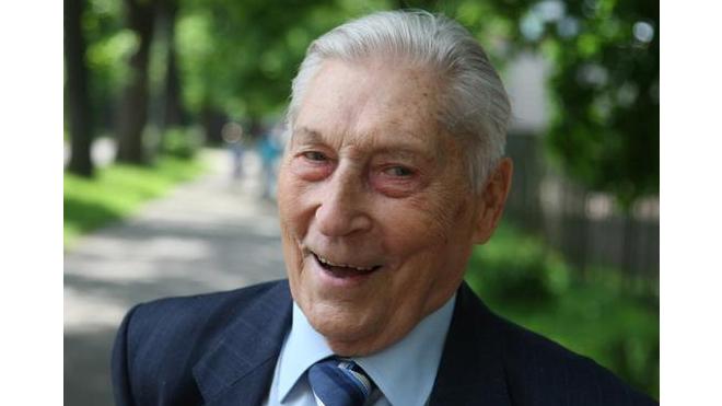 """Зенит"" поздравил Германа Зонина с 92-летием"