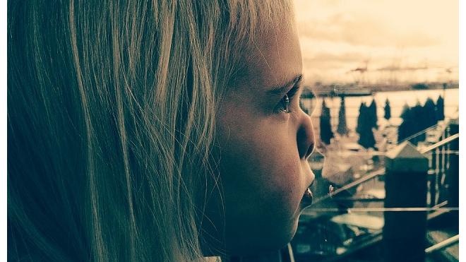 В Тобольске шестилетняя девочка-инвалид выпала из окна