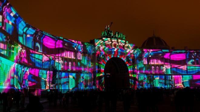 Эрмитаж организует световое 3D-шоу на Дворцовой площади