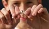 Некурящим работникам предлагают увеличить премии