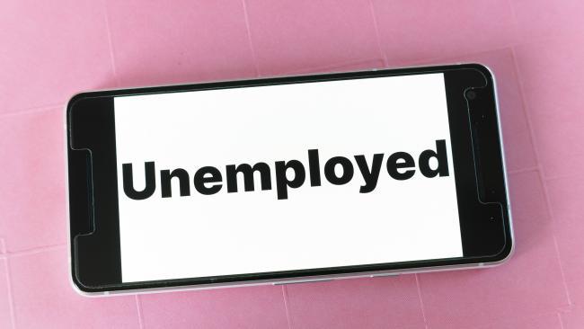 В Петербурге в конце декабря было 98 тысяч официальных безработных, в 7 раз больше, чем годом ранее