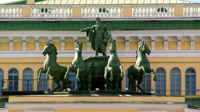 Петербуржцам расскажут о волшебном закулисье Мариинского театра