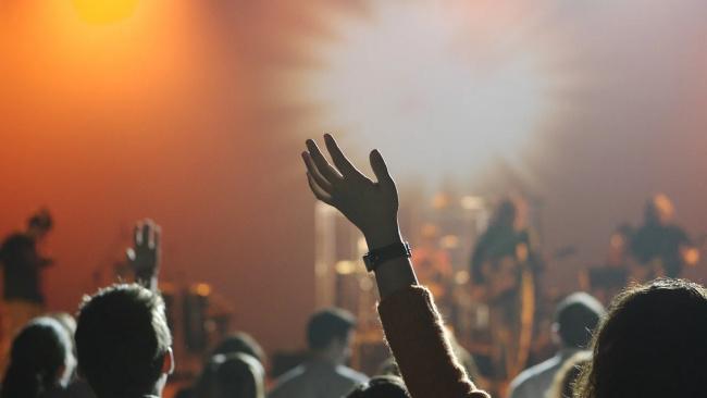 """Билетный оператор """"Кассир.ру"""" вернул почти 18 млн долга за несостоявшиеся концерты в Петербурге и Москве"""