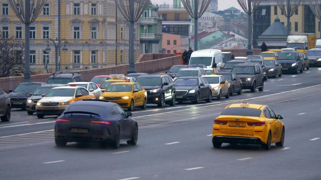 Петербурженкам рассказали, как обезопасить себя от таксистов-насильников