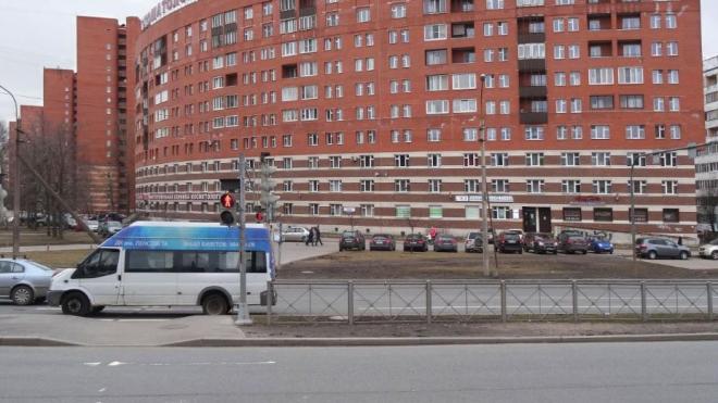 Участок Парашютной улицы отремонтируют за 38, 2 миллионов рублей