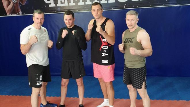 Артем Дзюба провёл тренировку с бойцами ММА