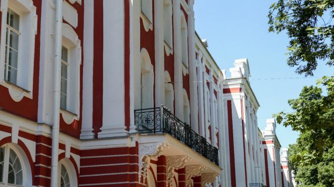Депутаты предложили вернуть выборы ректоров СПбГУ и МГУ