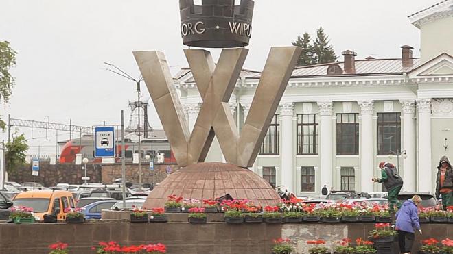 Администрация Выборгского района рассказала об оформлении цветников в городе