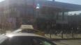 Петербуржцы целый час не могли попасть на станцию ...