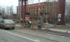 У переезда на проспекте Энергетиков, где уже год как сняли рельсы, установили новый железнодорожный светофор