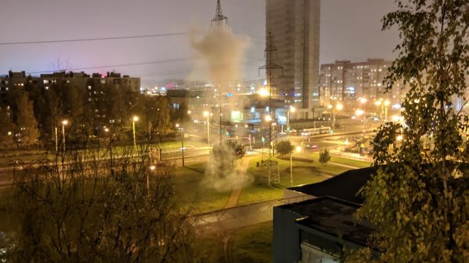 Петербуржцы сообщили о задымлении после громкого хлопка на Байконурской улице