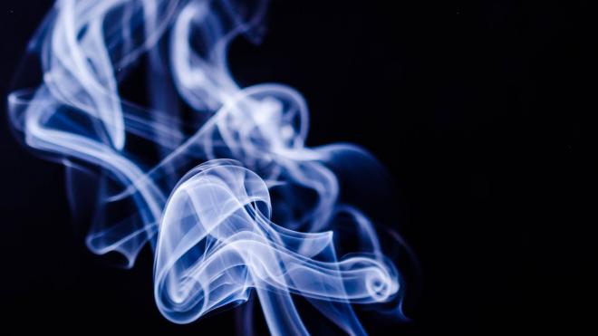 В Петербурге не приостановят работу табачных магазинов и алкомаркетов