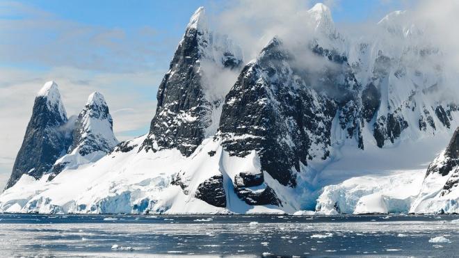 В подледном антарктическом озере обнаружен новый вид микробов