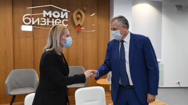 """Ленобласть и """"Магнит"""" подписали соглашение о сотрудничестве"""