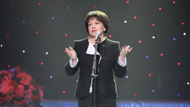 Любовь Совершаева официально вступила в новую должность