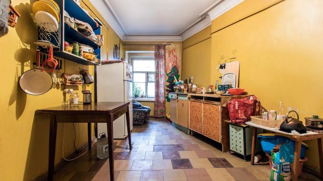 Беглов утвердил изменения в программу о расселении коммуналок