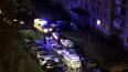 Очевидцы: на Ленинском проспекте из окна дома выпал ...