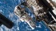Вода в шлеме заставила астронавтов прервать выход ...