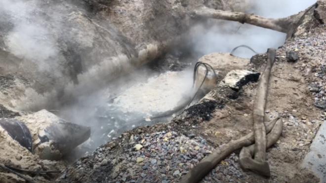 В Московском и Невском районах испытывают теплосети на прочность
