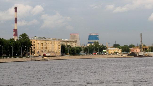 Причалы у Обуховской обороны пока не будут передавать в пользу компании из Ярославской области
