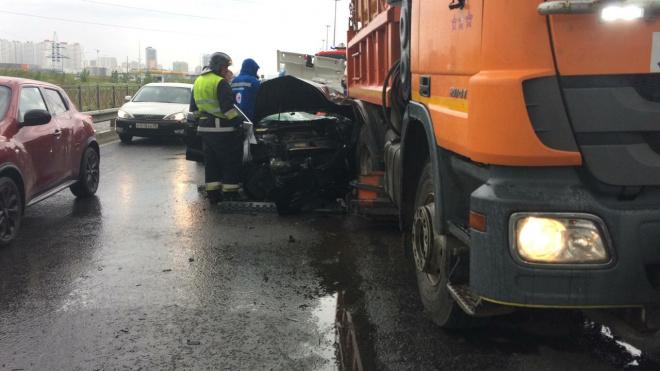 На Витебском проспекте произошло ДТП с участием поливальной машины