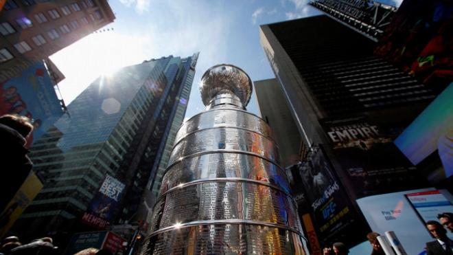 Руководство НХЛ планирует вторжение в Европу