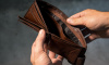 Две молодые мошенницы украли 505 тысяч рублей у пенсионера из Красного Села