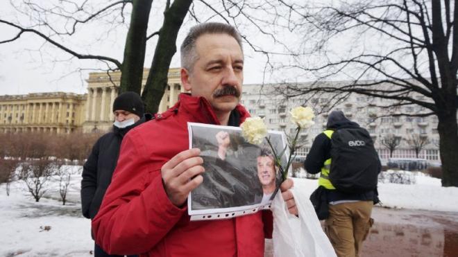 В Петербурге проходит акция памяти Бориса Немцова