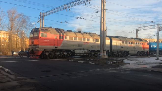 На ж/д станции Автово пресекли хищение дизельного топлива из тепловоза