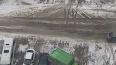 В Мурино припаркованный грузовик сдуло на соседнюю ...