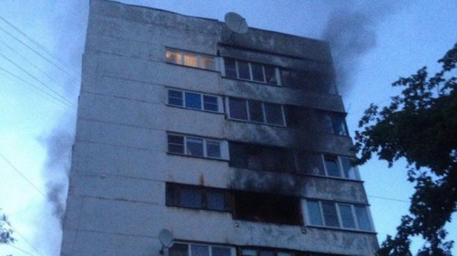Пожар из-за холодильника в Петербурге выгнал на улицу 25 человек