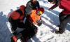Заблокированного в Гималаях альпиниста из Петербурга спасли