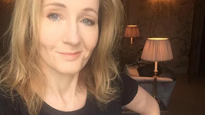 Автор «Гарри Поттера» извинилась за твиты о Трампе