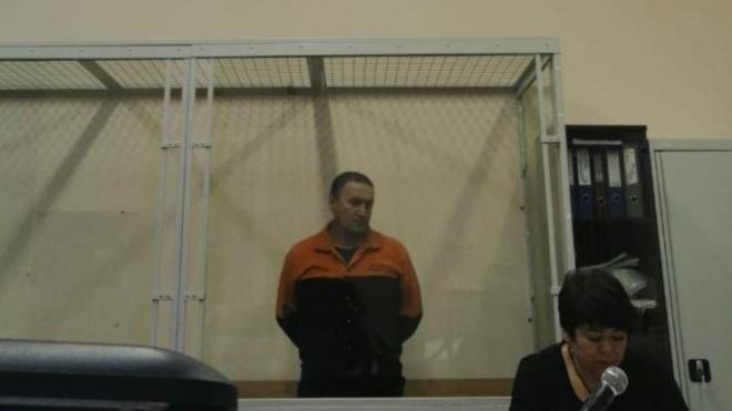 Подозреваемый в убийстве дворник в центре Петербурга останется под стражей